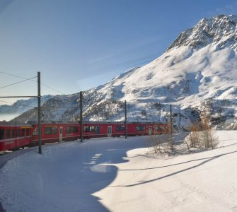 Bernina Express - Trem panorâmico de St. Moritz a Tirano