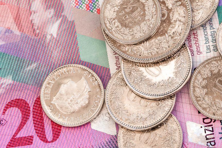Francos Suíços como e onde trocar moeda para viagem na Suíça