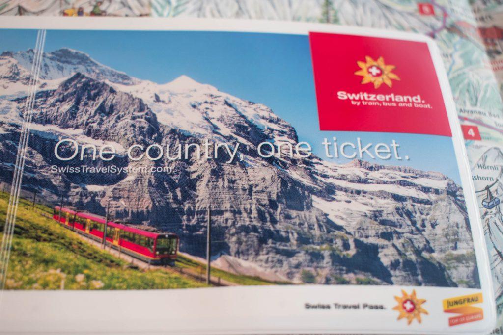 Trens panorâmicos na Suíça
