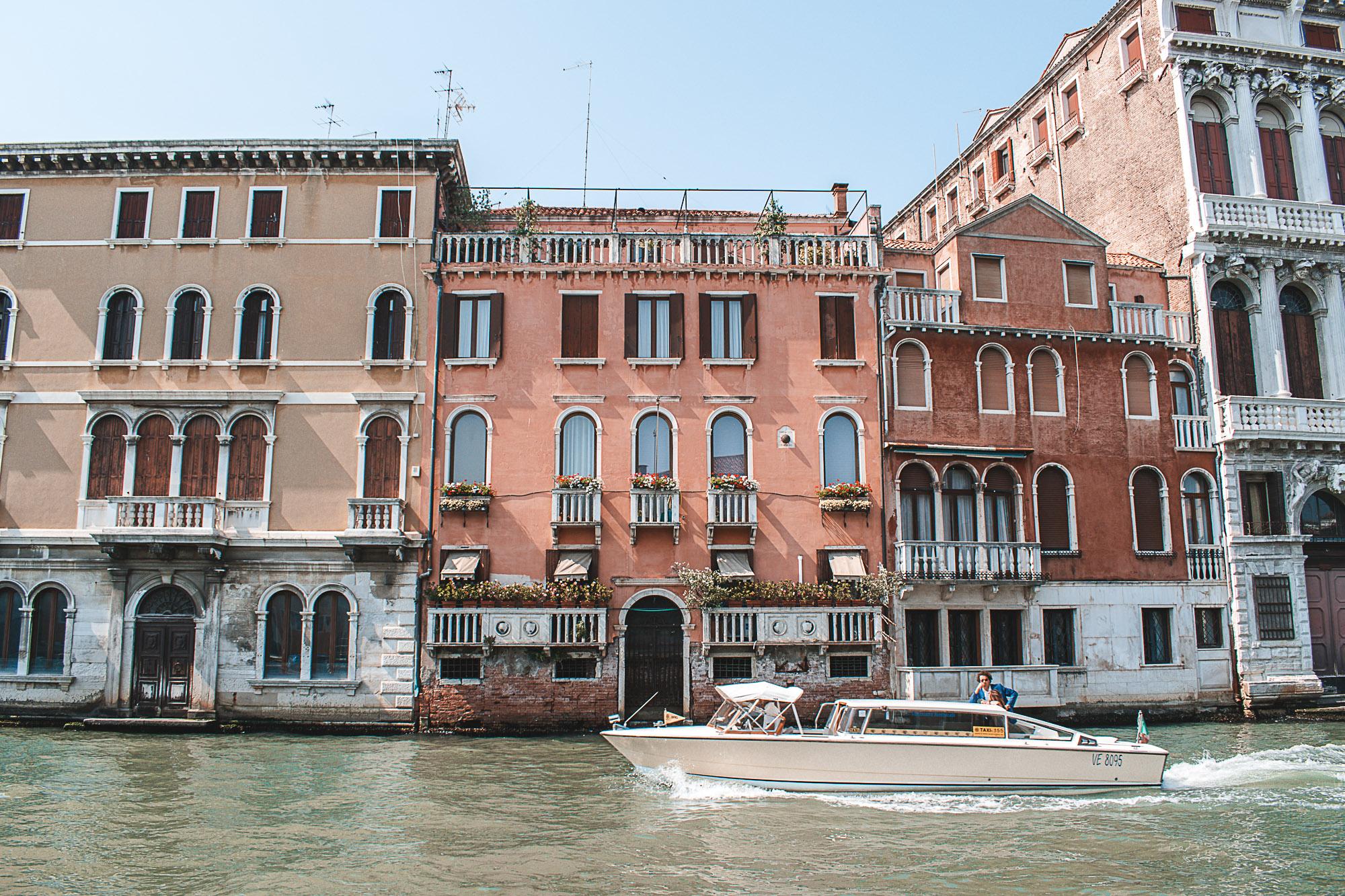 Taxi em Veneza