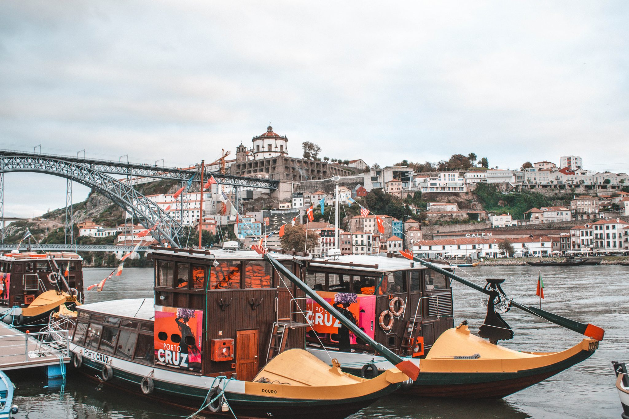 Cruzeiro turístico Porto Portugal